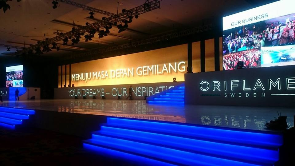 Top 15 Oriflame Indonesia 2014 #1 – Dini Rahma Shanti